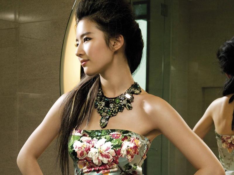 清纯美女刘亦菲图片桌面高清壁纸